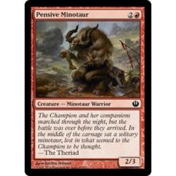 Nachdenklicher Minotaurus